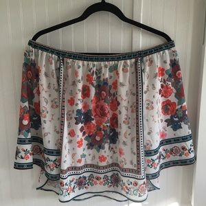 Tops - Lovely Off Shoulder Top